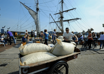 Unloading the Tres Hombres Boat