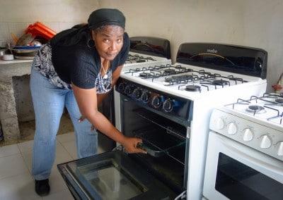 The Growing Dutchman - Haiti Moringa - AFASDAH Women Coop-9